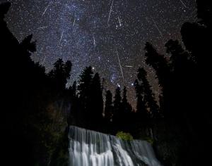 121019_orionid_meteor_shower_lg2